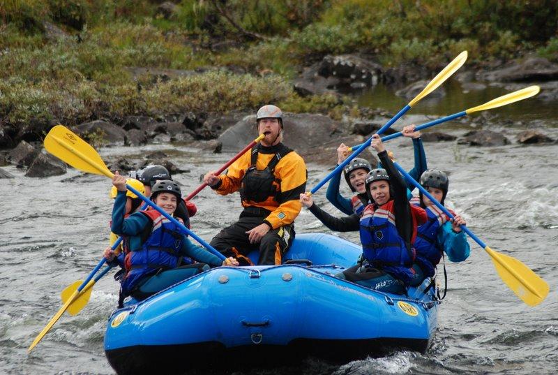 Rafting for ungdomsskoleelever og rovere